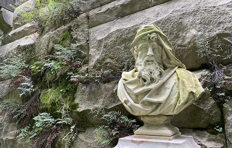 Gardens of North Carolina usually display sculptures.