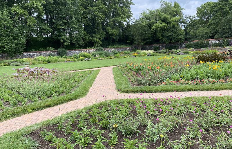 Gardens of North Carolina always include the Biltmore Estate.