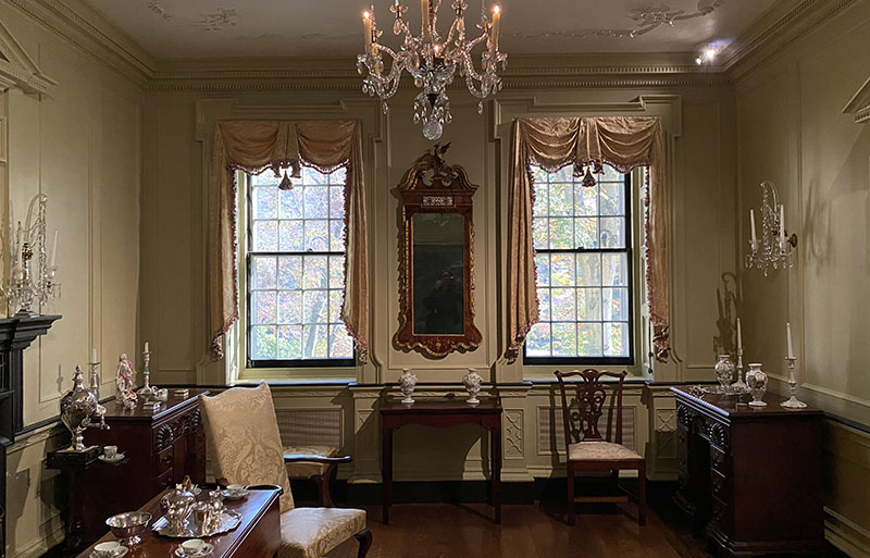 du Pont acquired Chippendale room woodwork dating back to 1764 to the Chestertown Room.
