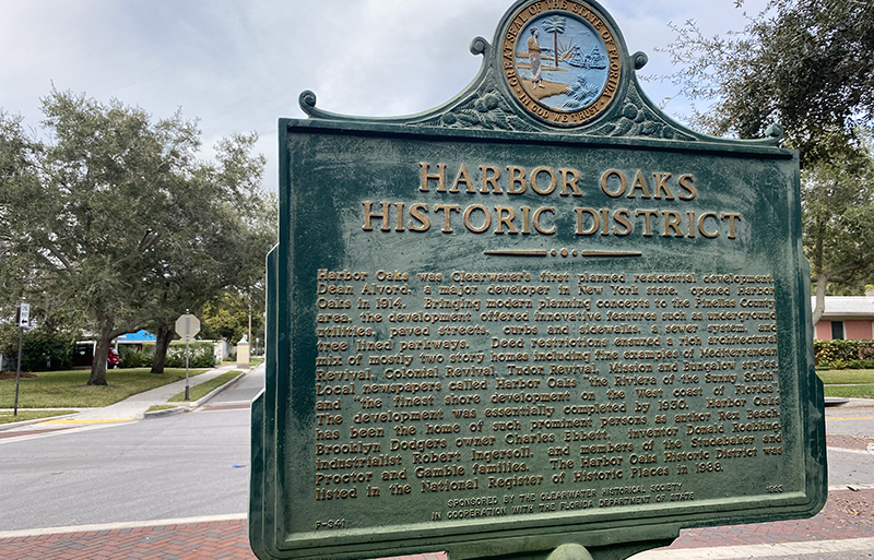 Free things to do in Clearwater include walking in Harbor Oaks.