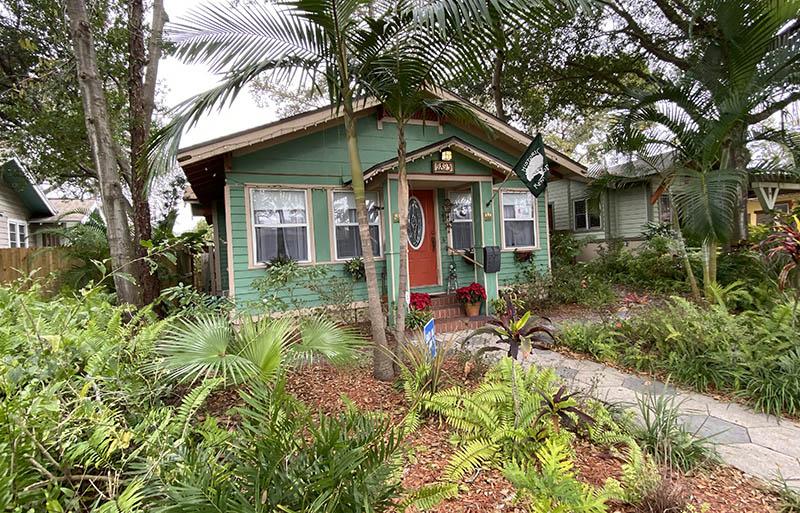 St Pete Florida Kenwood bungelow